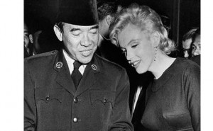 Sukarno dan Monroe saat mereka bertemu di AS (foto: Majalah LIFE)