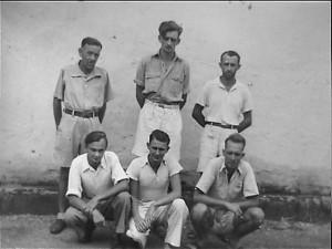 Para serdadu Jerman yang ditahan Inggris di Penjara Glodok, Jakarta (foto:IWM)