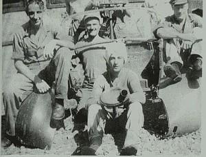 DI CISARUA. Saat menjadi menjalani tahanan di penjara tentara Cisarua (foto:dokumenkeluarga)