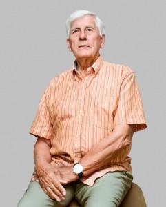MARINIR TUA. Frans Goenee, mantan prajurit marinir Belanda yang pernah ditugaskan ke Surabaya pada 1949. (foto: marjolein van pagee)