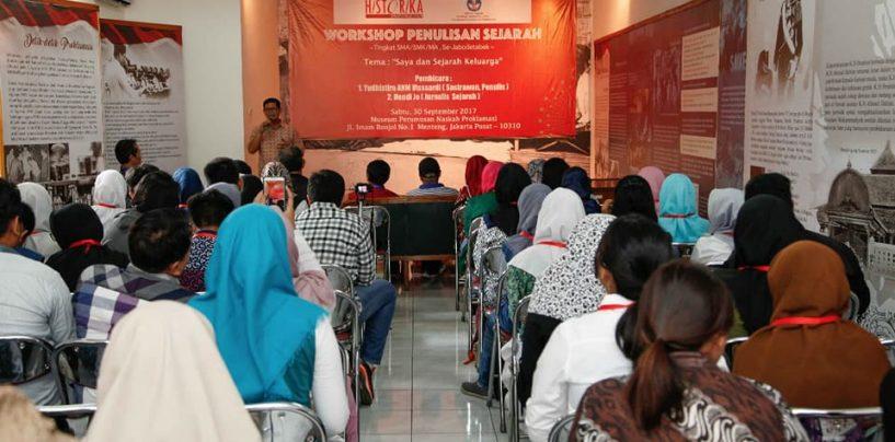 Historika Gelar Workshop dan Gagas Komunitas  Belajar Sejarah